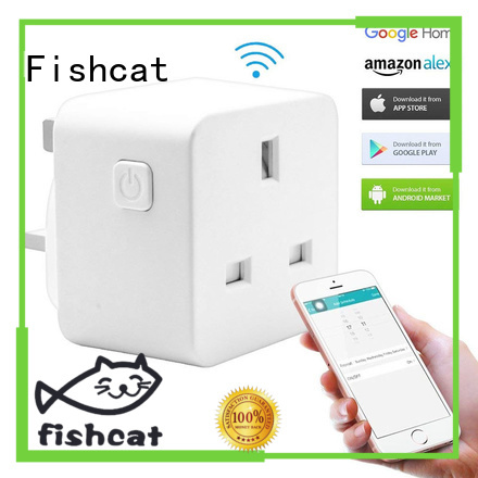 Fishcat automatic outlet plug suitable for home automation